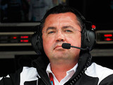 Boullier defends his role at McLaren