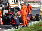 Red Bull's F1 test day one stoppages were Renault 'playing it safe'