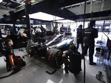 Mercedes Formula 1 team defends staff contract tactics