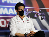 Wolff hints at delay to Russell/Bottas decision