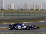 Giovinazzi apologises after heavy qualifying crash in China