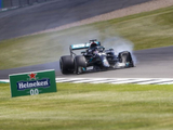 Hamilton: We need to put pressure on Pirelli to deliver improved tyres