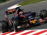 Kvyat 'feels at home' with Toro Rosso