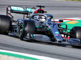 Hamilton open to return of Mercedes silver livery