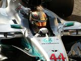 Hamilton hopes to battle Bottas after losing pole