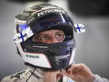 Bottas reverts to old engine