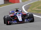 Toro Rosso avoids penalty after Sainz scrutineering check