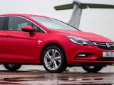 F1's unlikely training tool – The Vauxhall Astra