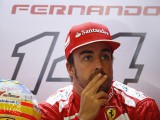 Alonso not looking to switch teams